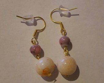 Vintage style pink and white speckled bead earrings