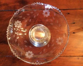 Vintage late Depression glass Center piece fruit bowl cornflower etch W.M.Mounts se liver plated