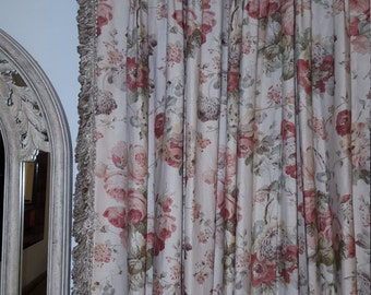 Pair Shabby chic floral curtains