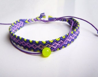 Nice Surprise (braided bracelet, string, natural jade)