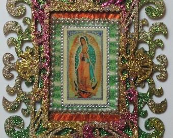 Faux Baroque Glitter Guadalupe