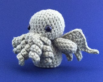 Cthulhu (H.P. Lovecraft) - Handmade Crochet Amigurumi Toy [Made to order]