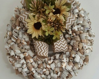 NEUTRAL curly paper wreath