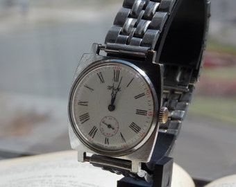 Vintage Zim (POBEDA) mens watch. Old watch,USSR-80's. Working condition, Collectible. mens wrist watch. antiques wathc men's