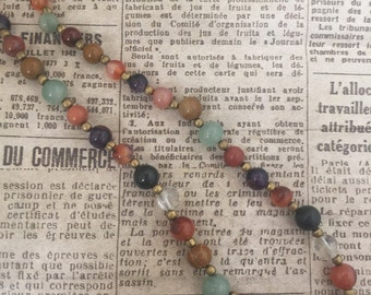 A Vintage Semi-Precious Beaded Necklace
