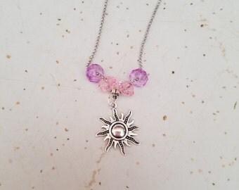 10 Pieces - Retro Sun Necklaces.