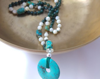 Mala necklace of Turquoise, mother-of-Pearl, rock crystal, MOSS agate