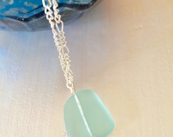 Blue seaglass necklace, ocean blue seaglass necklace, womens seaglass necklace, seaglass jewelry, ocean inspired jewelry