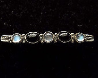 Antique Edwardian Silver Cabouchon Moonstone & Black Onyx Bar Brooch
