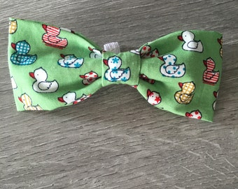 Fifis green ducky bow