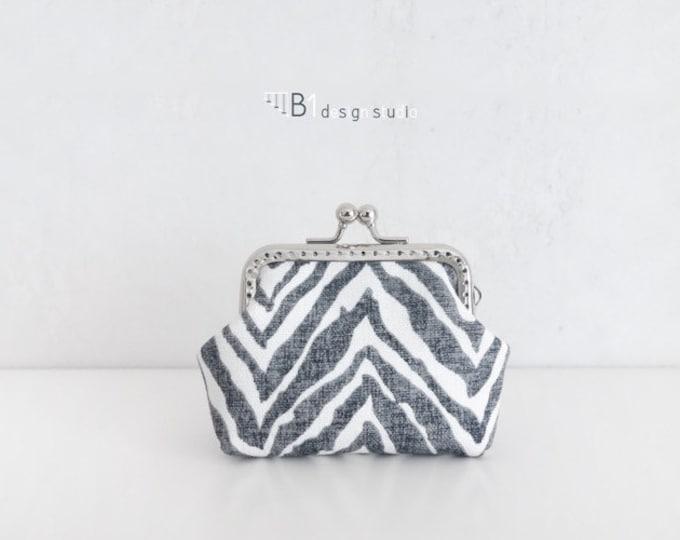 Zebra Clasp Bag, Black and White Coin Purse, Canvas Clasp Bag, Zebra Pattern Bag, Bridesmaid Gift, Handmade Clasp Bag, Keyring Coin Purse