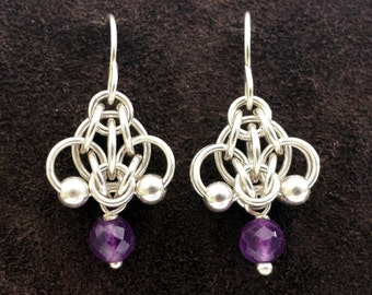 Hotaru Chainmail Earrings - Sterling Silver with Amethyst