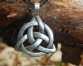 Triquetra silver pendant necklace