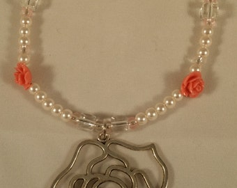 Rose necklace w/ pendant -pearls and rose beads