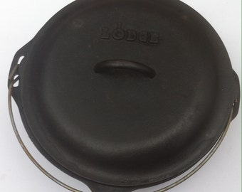 Vintage Cast Iron Lodge Dutch Oven, Heavy Duty, Quality Cookware, Stews, Soups, Camping, Quality Cooling Utensil, Made in USA, Cast Iron