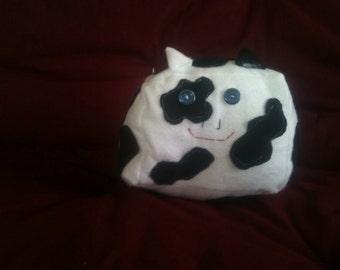 Adorable black and white cubed cow!!