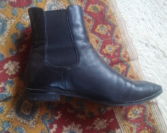 Tony Bianco • Womens Pointed Black Boots • Size 7.5