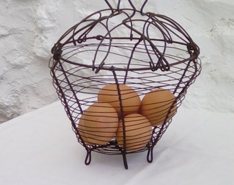 French vintage egg basket. Charming!
