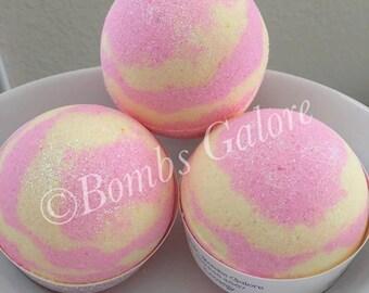 Lovenly Foaming Bath Bombs