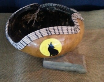 Howling Wolf Gourd