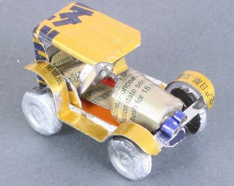 Miniature recycled (tin can) jalopy - handmade in Madagascar