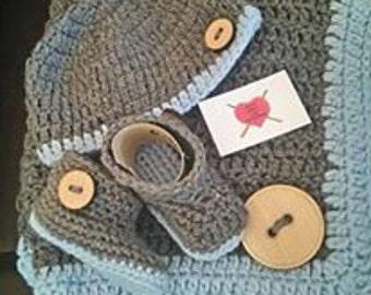 Crochet Baby Blanket Set includes blanket, hat and booties