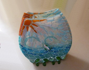 Mosaic Vase with Dolphin Figurines, Glass Vase, Flower Vase, Handmade Home Décor, Table Decor, Centerpiece