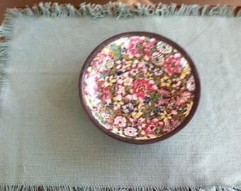 enamel and lead porcelan bowl
