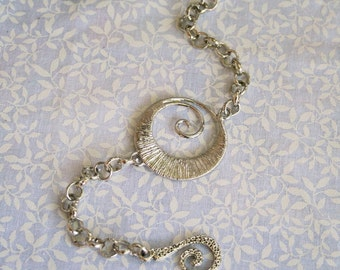 Silver Tone Geometric Bracelet, Silver Tone Rolo Chain and Antique Silver Tone Clasp