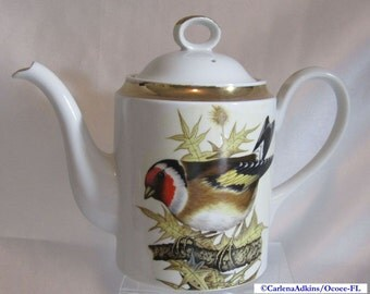 Vintage 1978 ENESCO Tanager Bird Teapot Japan Porcelain