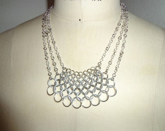 Graduated Chainmail Necklace