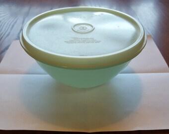 """Bowl - 6 1/4"""" - Wonderlier 1954 - Vintage Tupperware"""