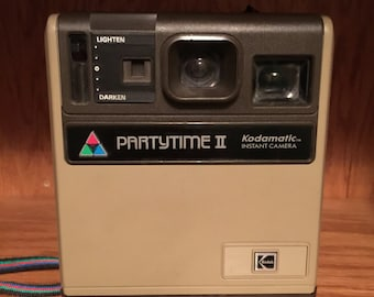 Vintage Kodamatic Partytime II instant camera