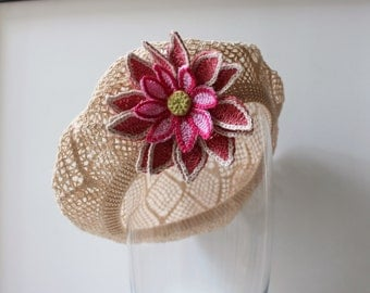 Lacy beret for baby with flower. Beret for little girl