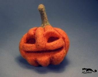 Happy Halloween Needle Felted Pumpkin - Humphrey
