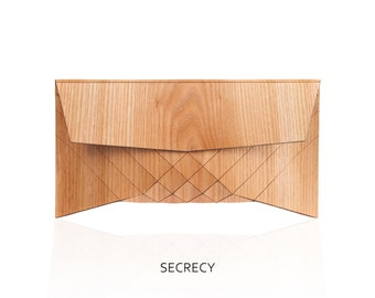Wooden Clutch - Secrecy // Black Fossa