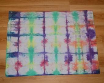 Tie dye grid pattern rainbow pillow case