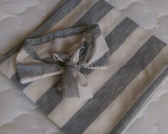 Swaddle and headband bow matching set