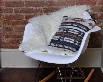 Bohemian/Southwestern Print Throw Pillow