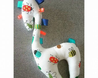 Giraffe Taggy Toy in Bugs