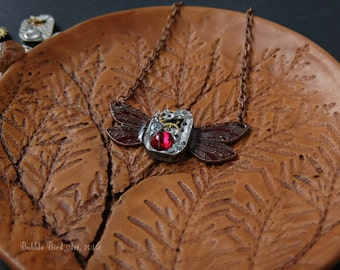 Pendant-Dragonfly steampunk with vintage clockwork