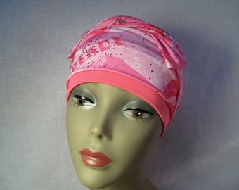 Snug fit cap with scarf