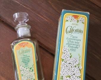 Vintage Avon White Lilac Cologne ,Anniversary Keepsake 1982