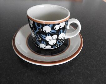 Arabia Finland,  TAIKA teacup and saucer, Inkeri Leivo
