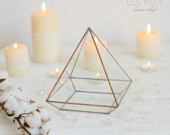 Glass geometric Terrarium - Handmade Geometric Terrarium - Glass Pyramid - Glass Planter- Home decor - Wedding table decor