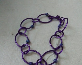 Links bracelet purple