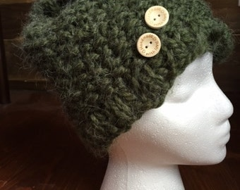 Handmade rustic wool hat alpaca green with buttons.
