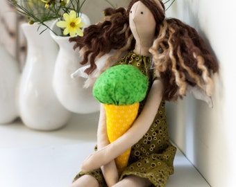 Tilda Doll - Angel - Brunette with Highlights - Green Dress - Green Ice Cream