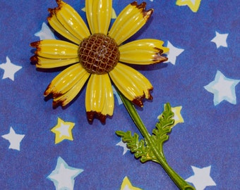Vintage Enamel Yellow and Brown Daisy Flower Brooch