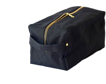 Waxed Canvas Toiletry Bag.Large Makeup Bag.Women Cosmetic Bag.Eco-Friendly Dopp Kit.Travel Pouch For Men.Groomsmen Gift.Water Resistant Bag